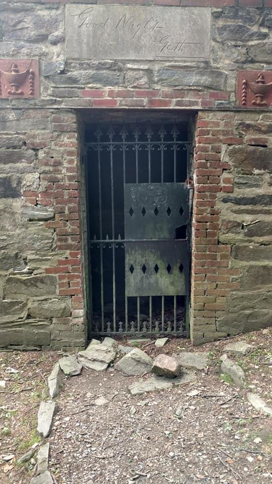 267 gaths empty tomb
